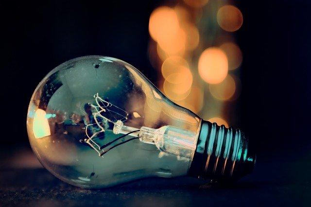 světýlka za žárovkou
